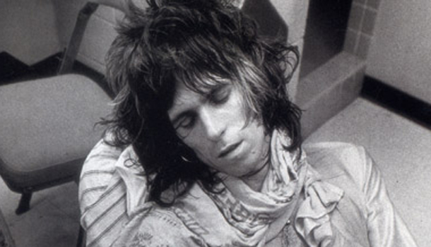 Keith-Richards_asleep-610