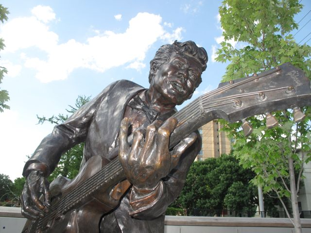 Chuck Berry statue in St. Louis. Photographed by William.